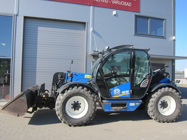 Teleskooplaadur NEW HOLLAND LM5060